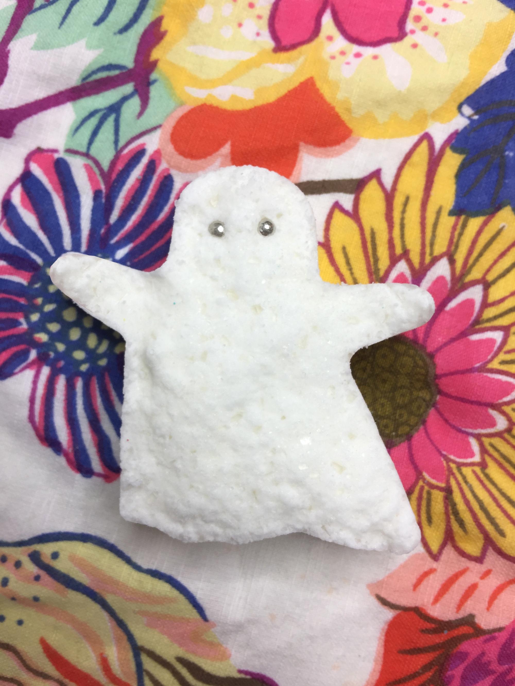 Fabric_Ghost_Cookie_Cutter.jpg