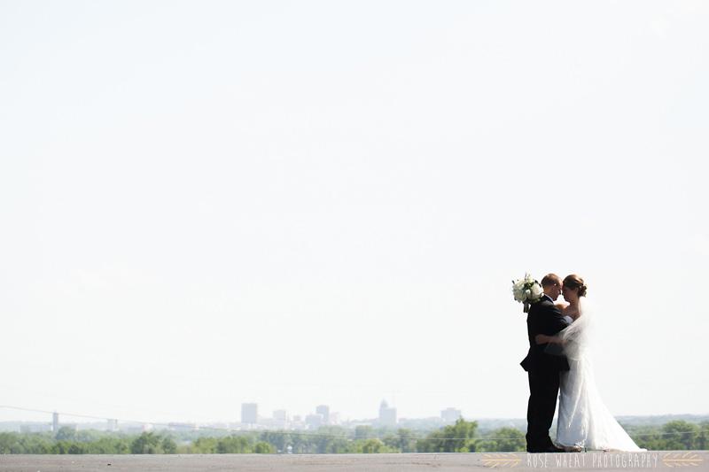 19.+topeka_skyine_wedding.jpg