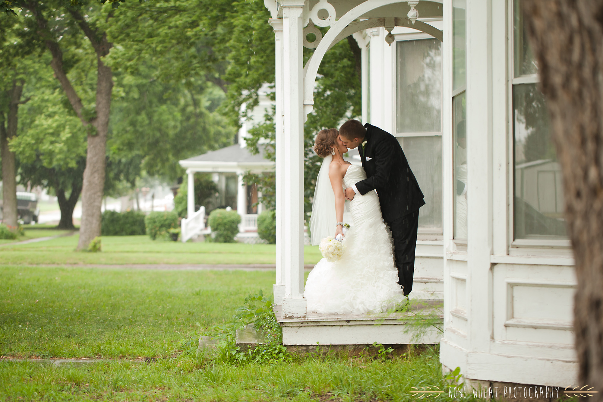 18. seneca_ks_wedding_photos.jpg