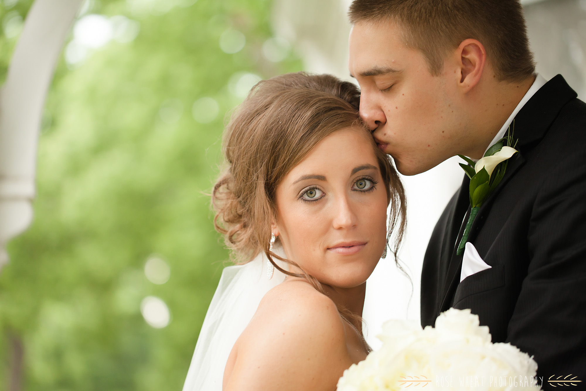 20. seneca_ks_wedding_photos.jpg