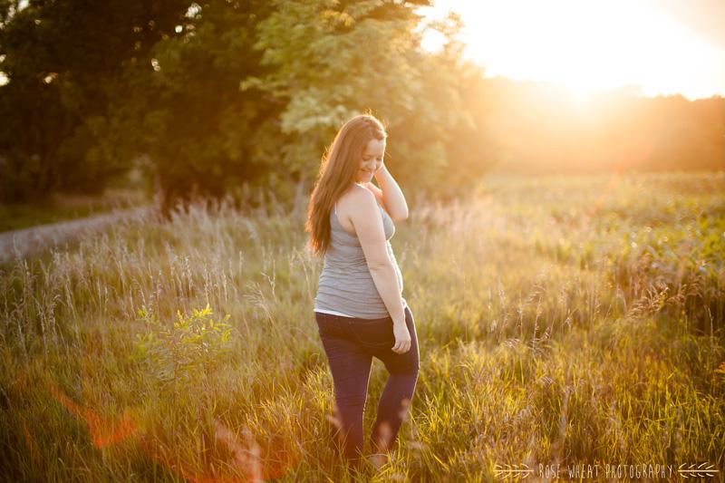 18. Backlit_Kansas_Maternity-1.jpg