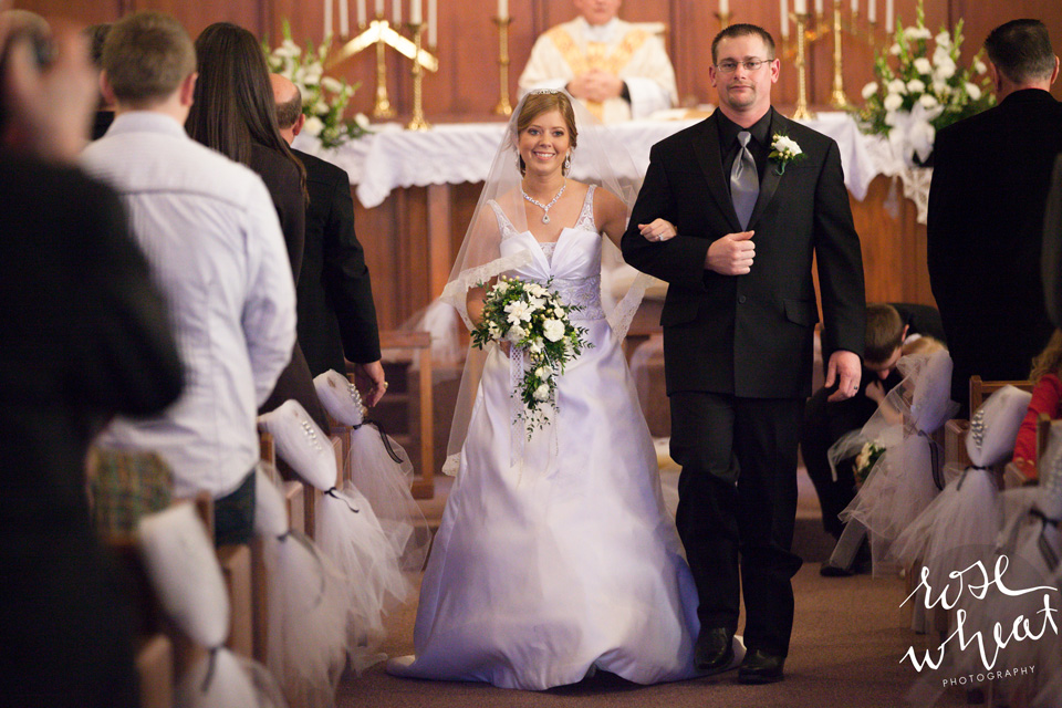 23. Wedding_Bushton_KS_Catholic.jpg