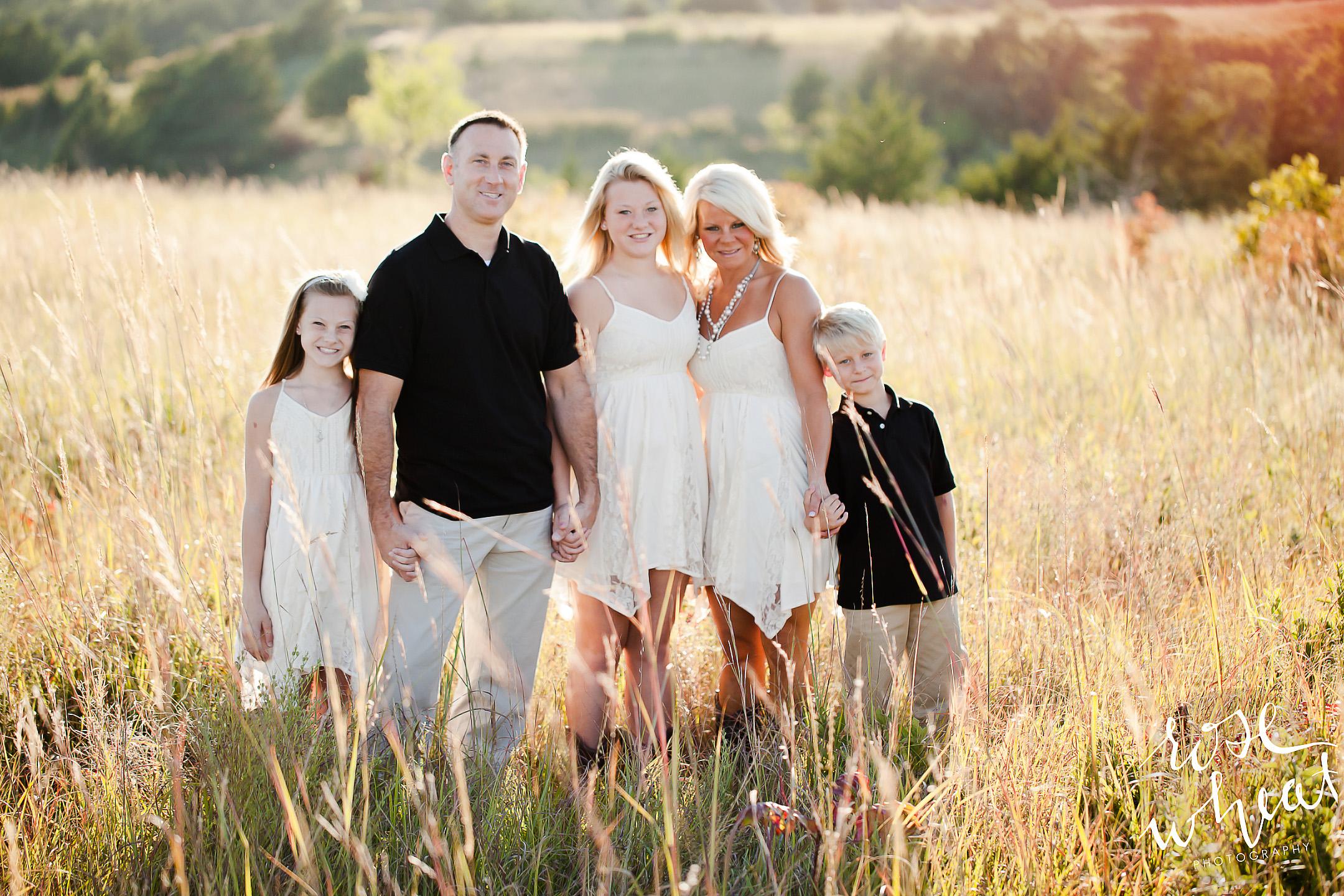 11. G_Family_Photos_Rose_Wheat_Photography.jpg