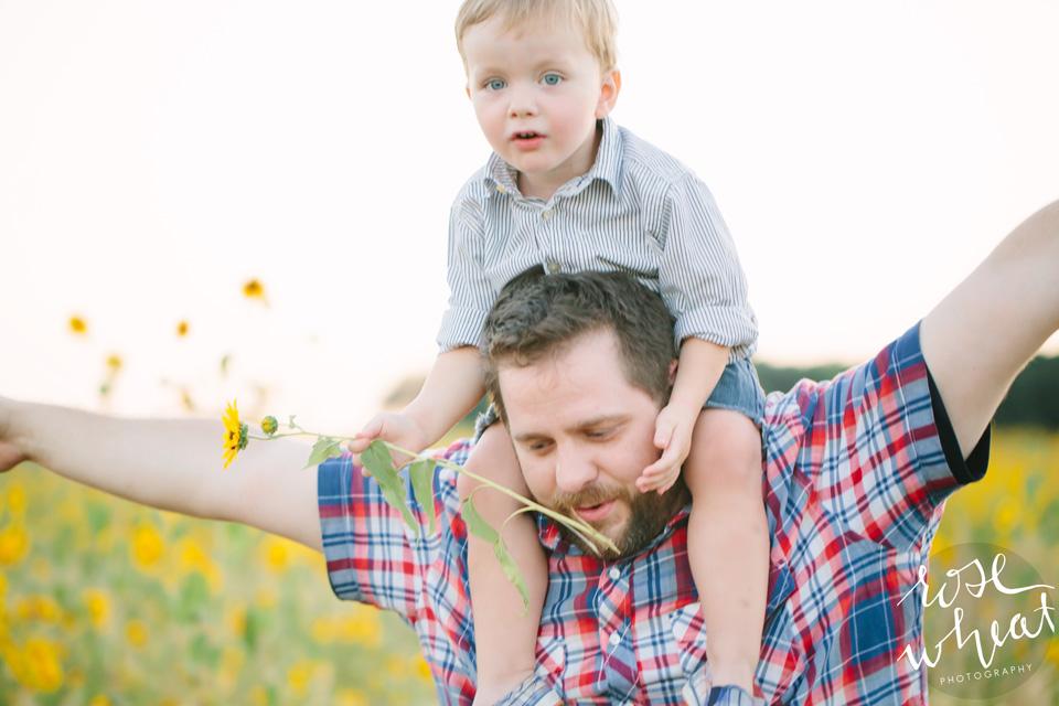 15. Siders_Maternity_Fairbanks_Ak_Rose_Wheat_Photography.jpg