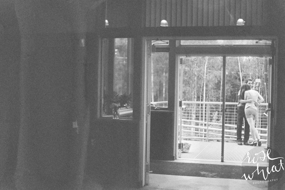 19. Fairbanks_AK_Wedding_Canon_Elan_7_Film_35mm-4.jpg