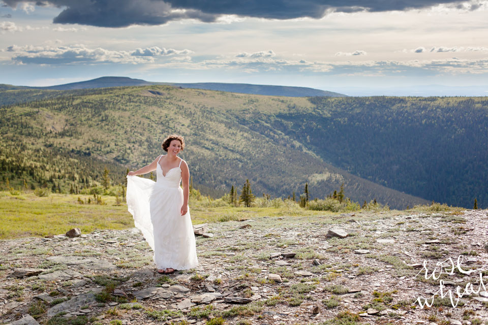 19. MURPHY_Dome_Wedding_Fairbanks_Alaska-2.jpg
