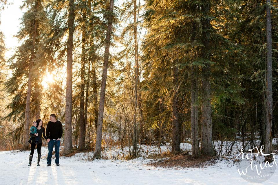 17. Fairbanks_AK_UAF_Family_Rose_Wheat_Photography-1.jpg