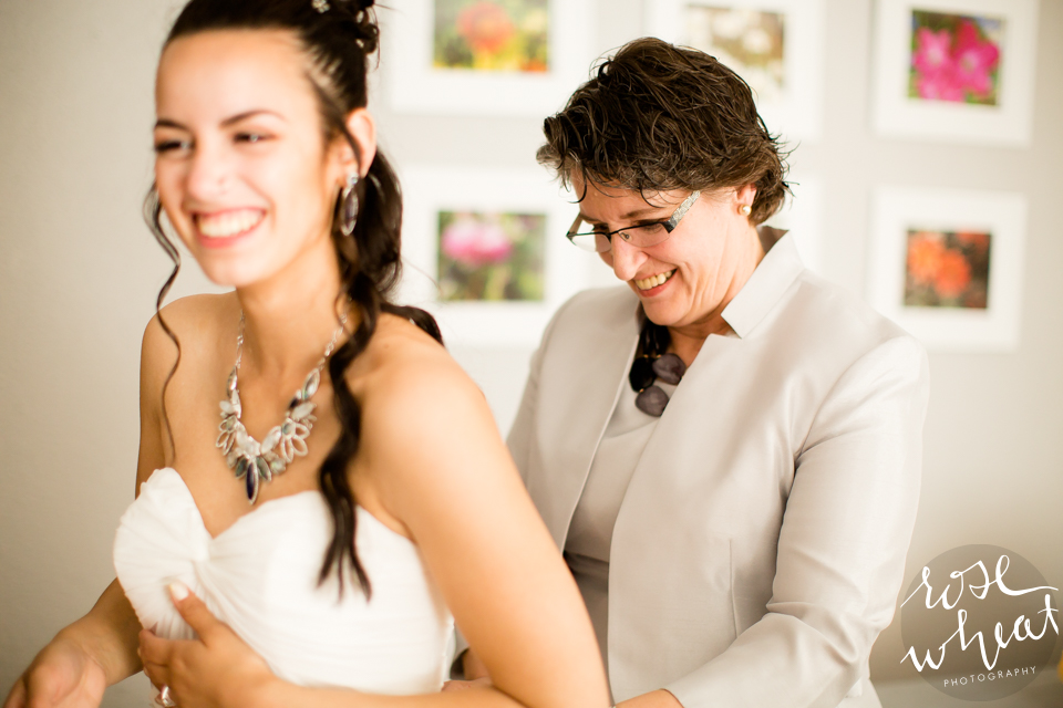001. FAIRBANKS_AK_NATURAL_LIGHT_WEDDING_Getting_ready-05.jpg