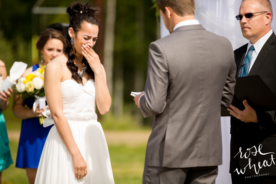 001. FAIRBANKS_AK_NATURAL_LIGHT_WEDDING_Getting_ready-15.jpg