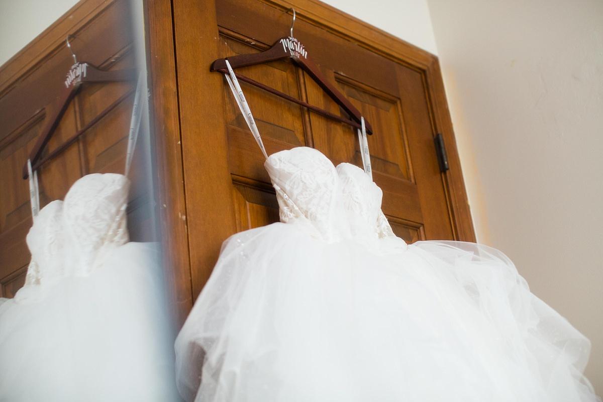 Topeka_Wedding_Photographers_0002.jpg