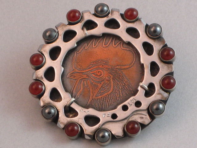 Rooster (brooch)