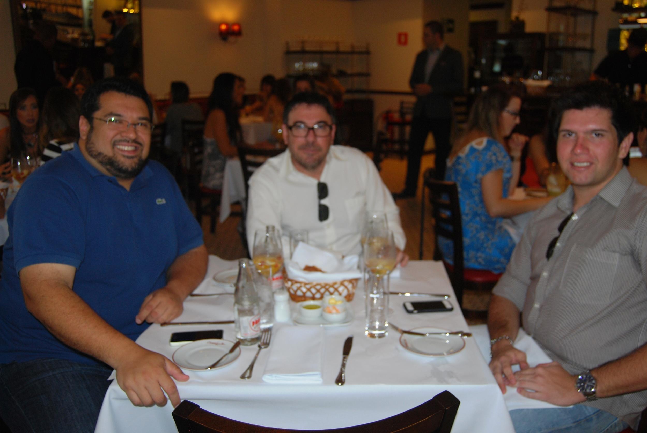 Arian Carneiro de Mendonça, Roberto Cardinalli e Gustavo Carvalho.JPG