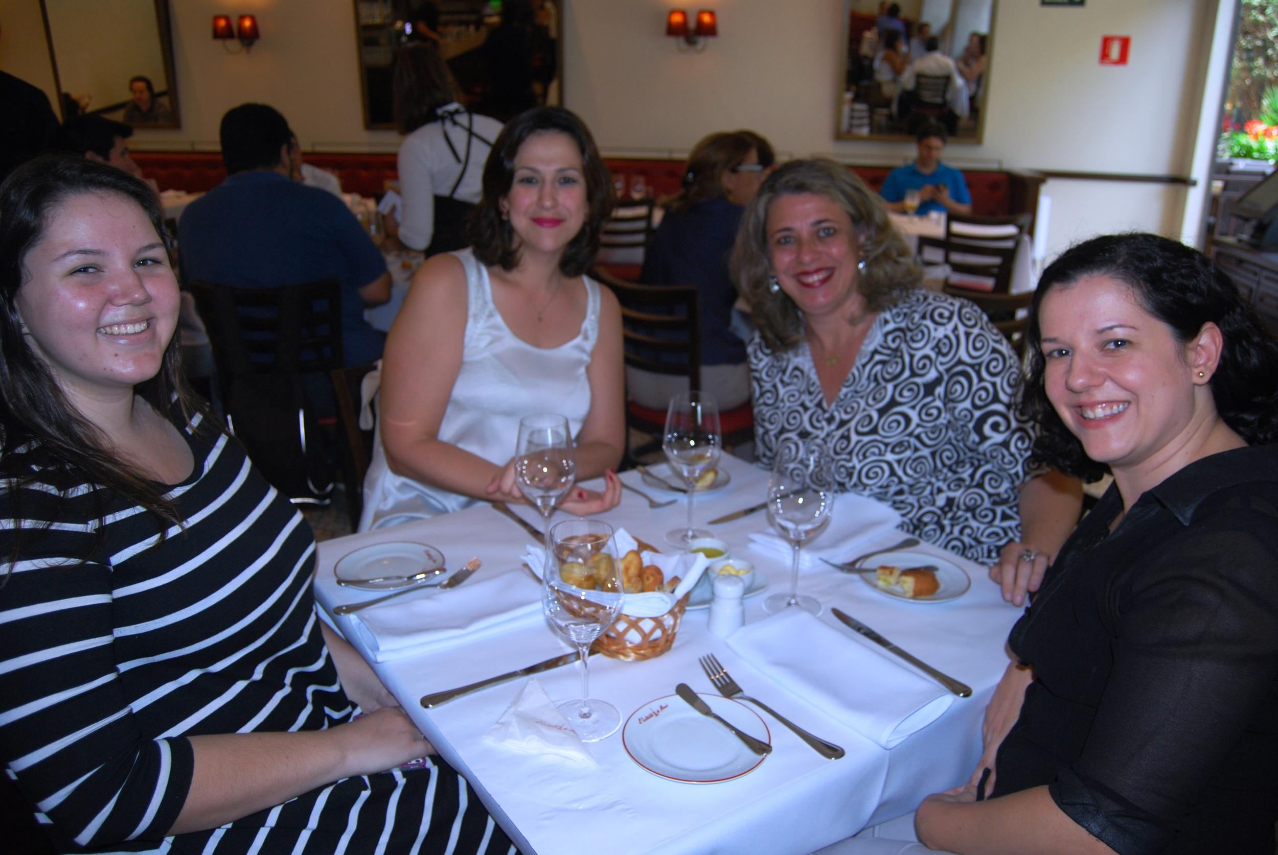 Raysa Figueiredo, Ana Geremias, Vilma Gasques e Crislaine Coscarelli .JPG