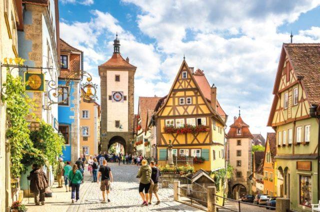 Rothenburg-ob-der-Tauber-e1526091878271.jpg