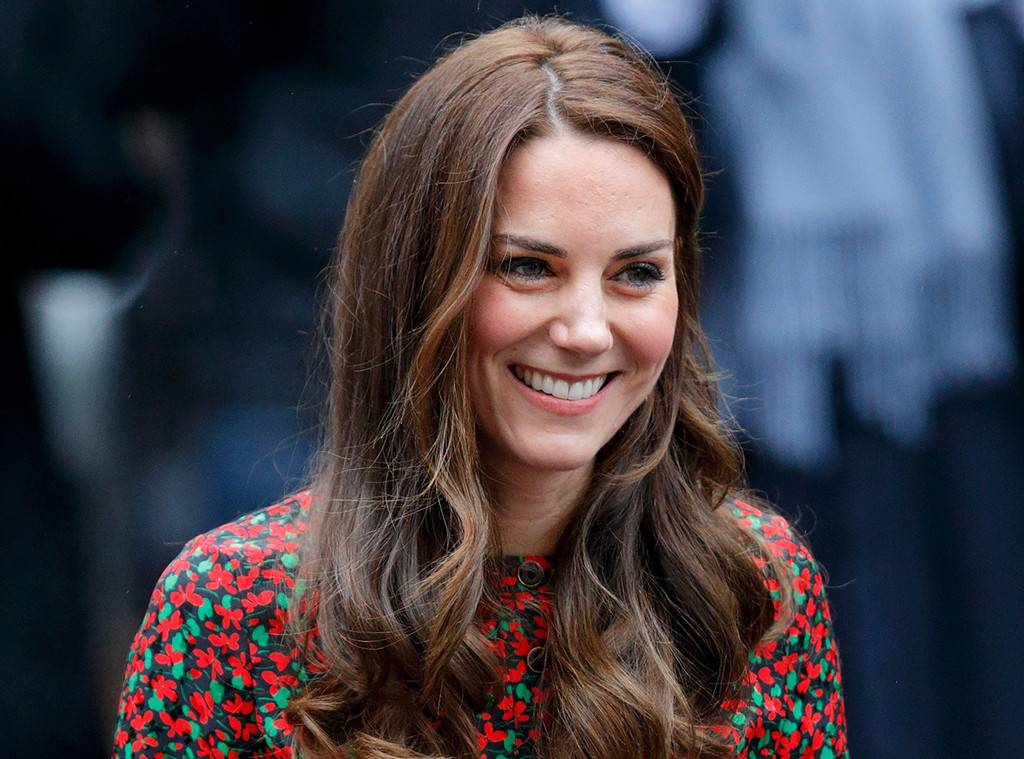 rs_1024x759-170105144131-1024.Kate-Middleton-London.kg.010517.jpg