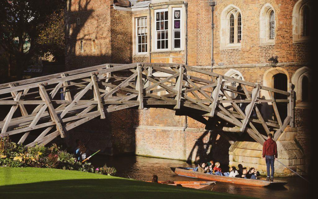 FOTO-7-–-A-Mathematical-Bridge-é-um-projeto-ambicioso-de-engenharia-1024x640.jpg