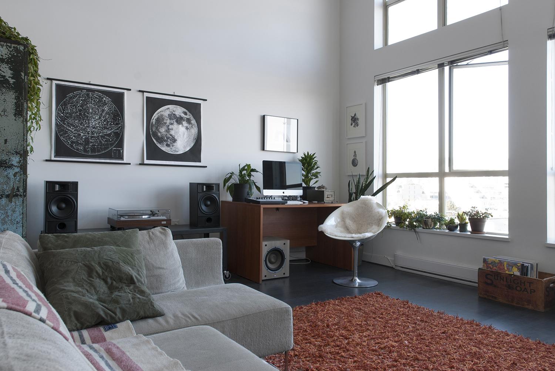 living-desk-WEB.jpg