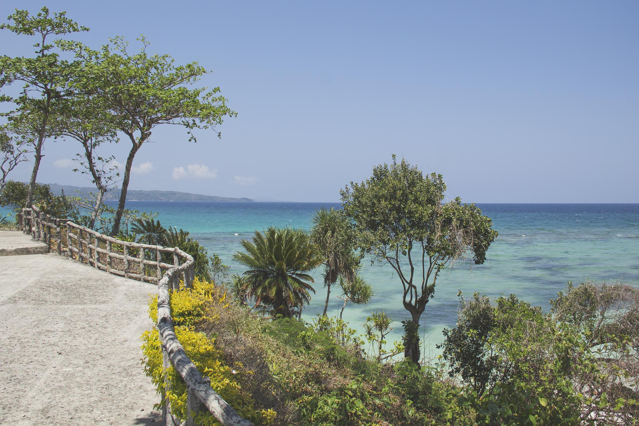 Pathway to Paradise Cove, Boracay Island