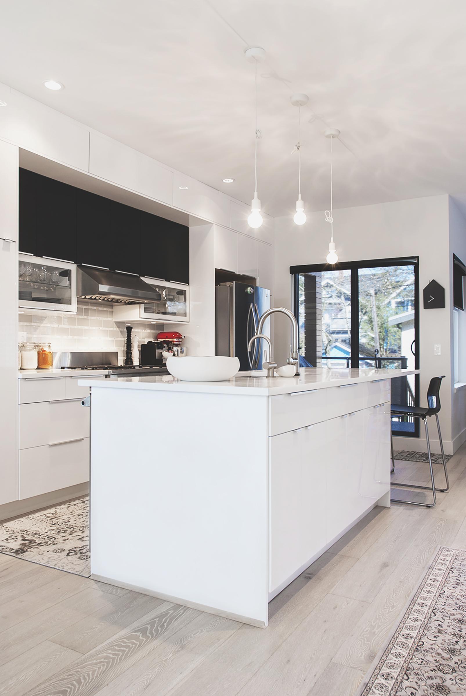 kitchen-island3_L62.jpg