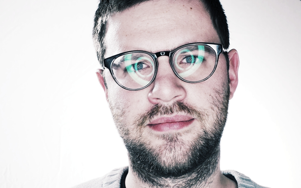 Alec Balas  - Filmmaker. Editor. Special FX.    Film and Commercial Reel