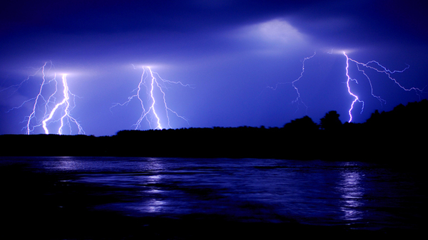 lightning_triple_600x500.jpg