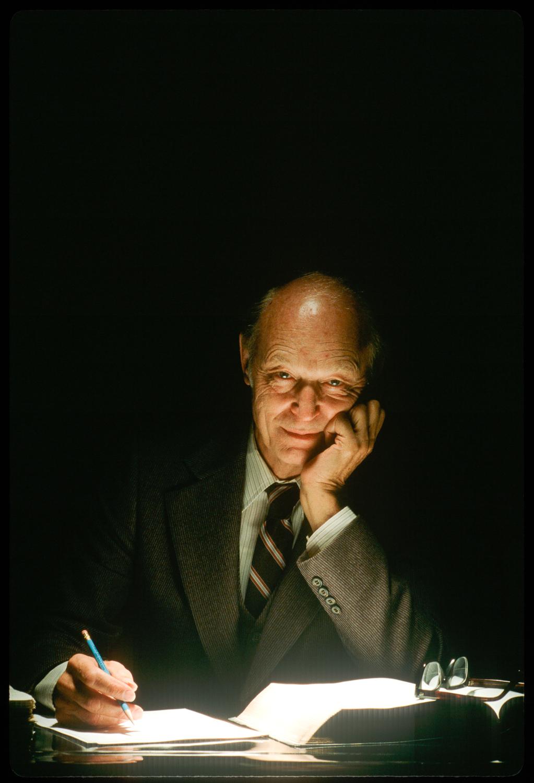 Dr. Kenneth Taylor