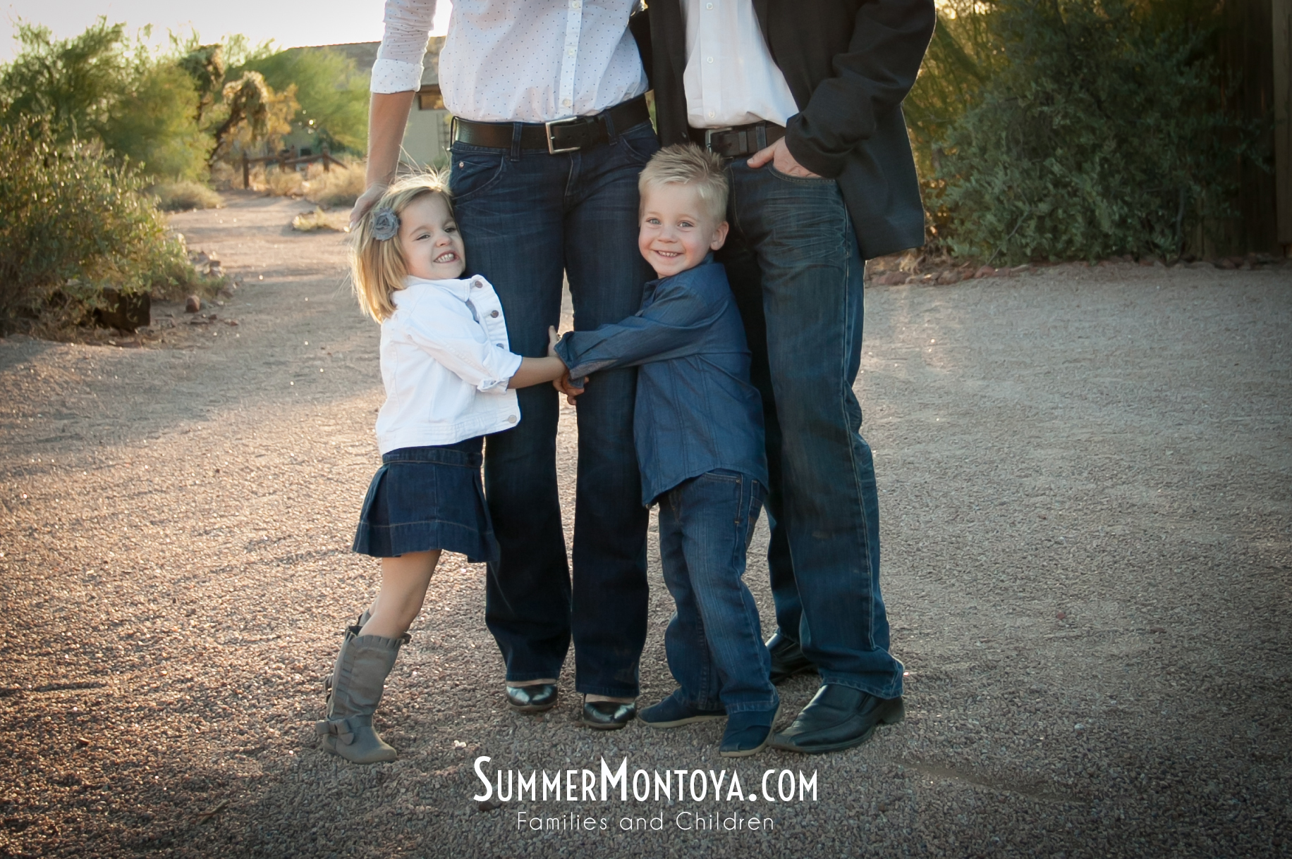 superstition-mountain-museum-family-06