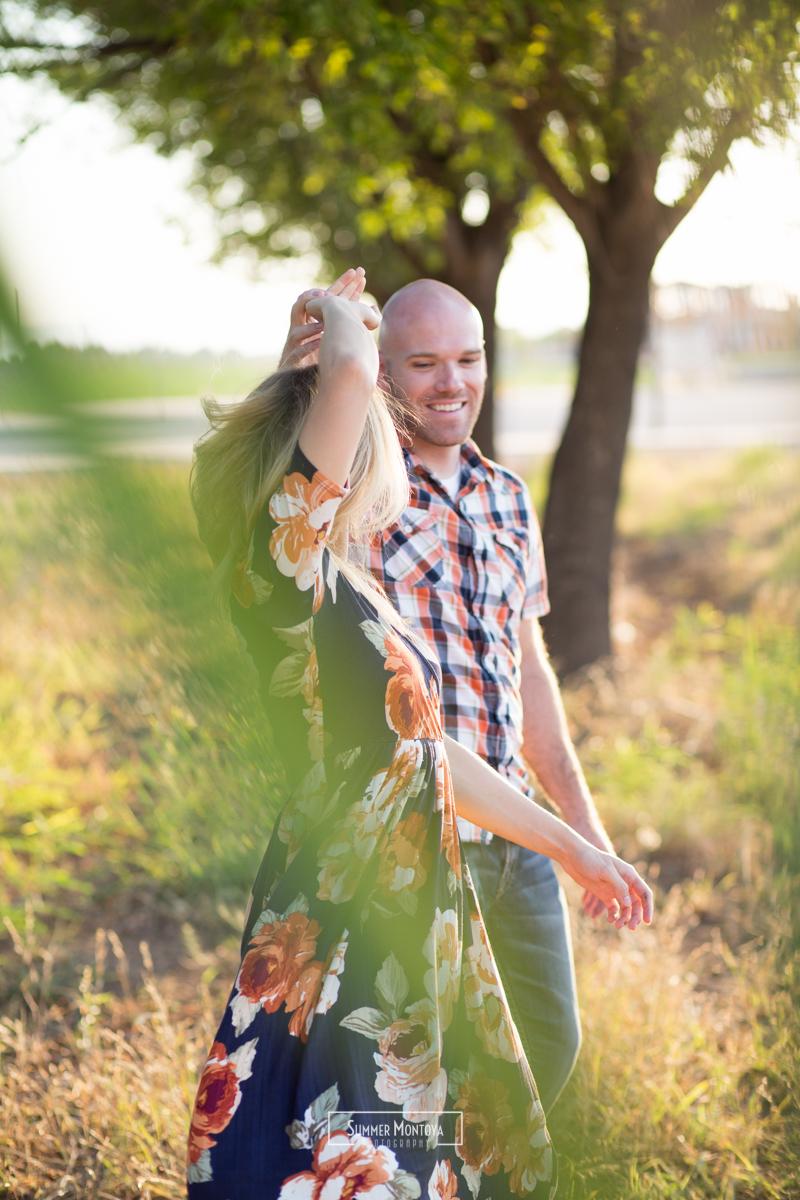 gilbert-photographer-couple-dancing