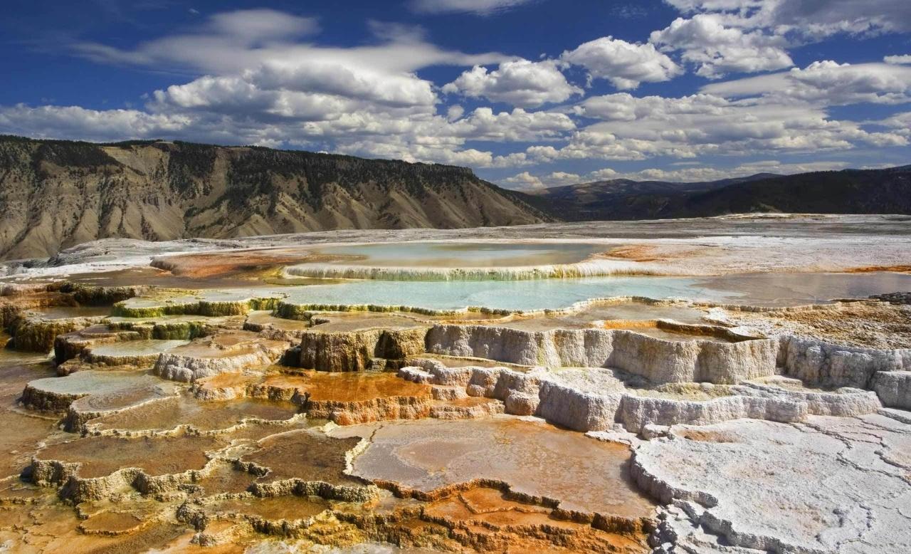 yellowstone_national_park_chalk_terraces-wallpaper-1280x800.jpg