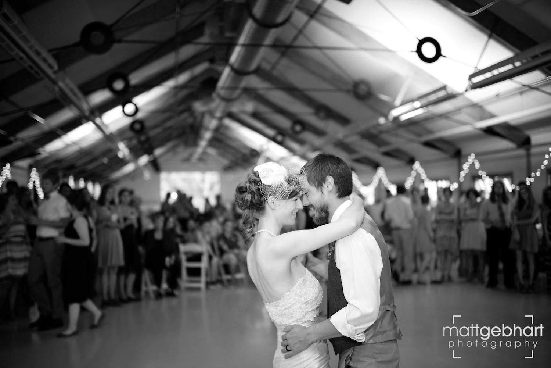 Issaquah barn wedding  021.jpg