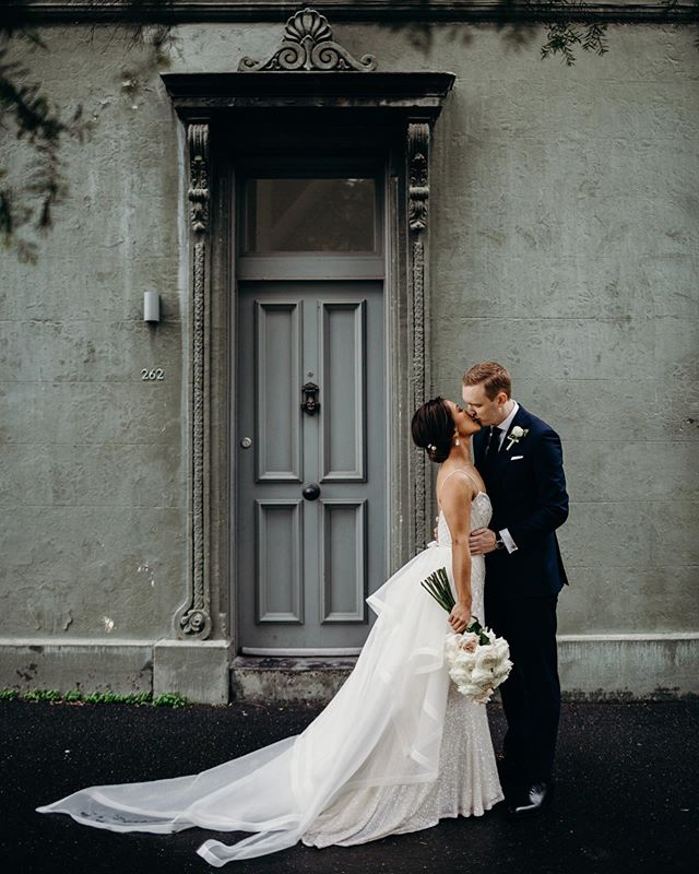 A little sneak peek from Samantha and Daniel's beautiful wedding.  Dress: @kwhbridal  Flowers: @ivy_and_eve_flowers  Wedding Planner & Stylist: @the_eventurer