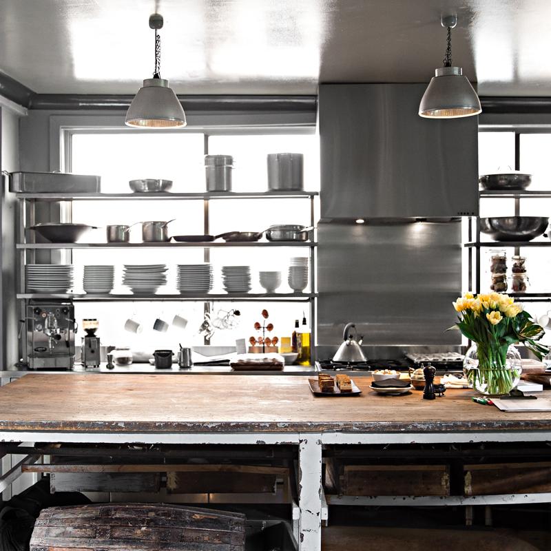 Kitchen bench envy.