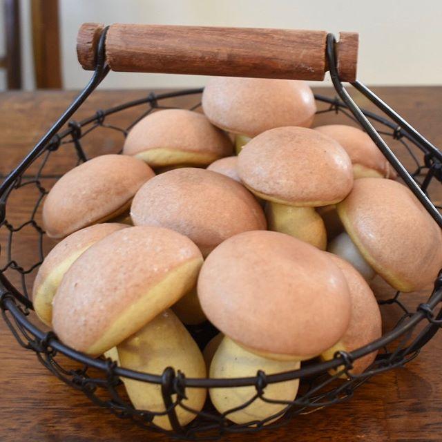 Mushroom Spice Cookies 🍁🍄🍂 📸: @alexvanhaaff