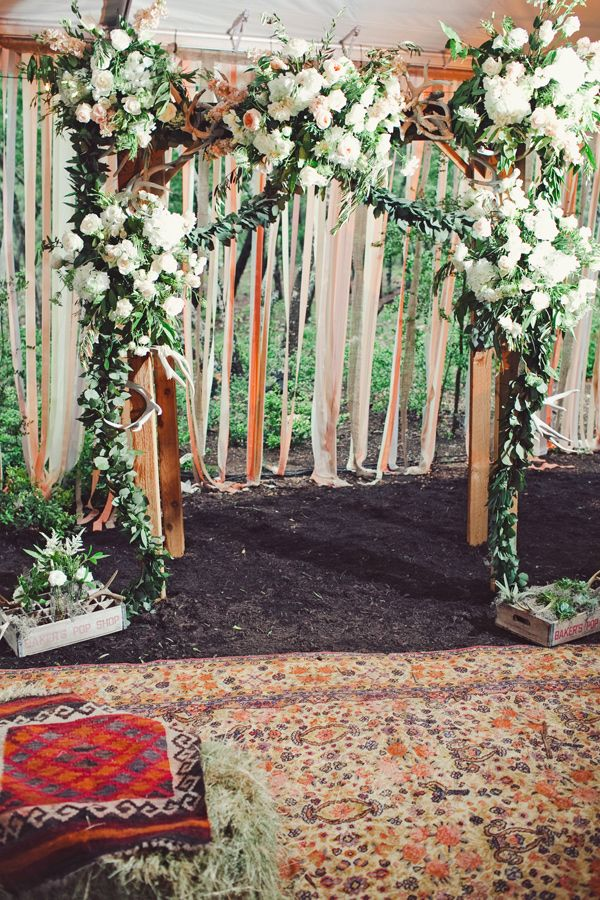 Boho ceremony by  The Nichols  via  Ruffled