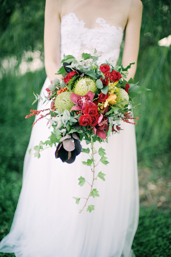 White Ivy Design bouquet  by  Byron Loves Fawn  via  Polka Dot Bride