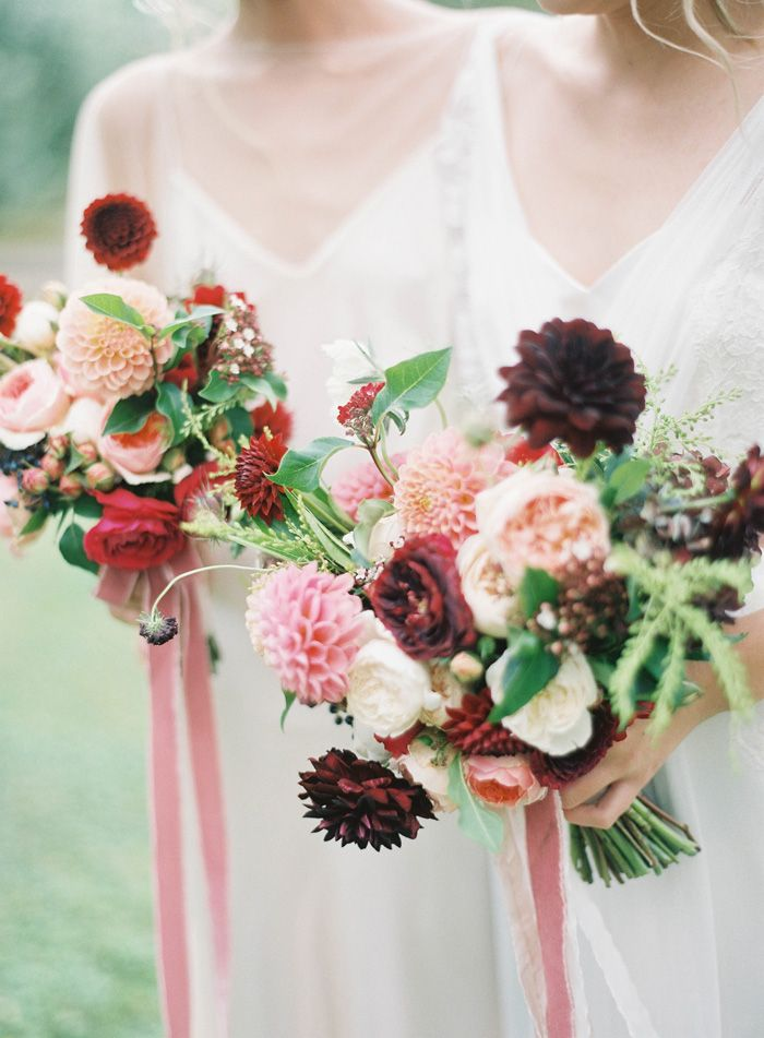 Fleuriste  bouquets photographed by  Jen Huang  via  Grey Likes Weddings
