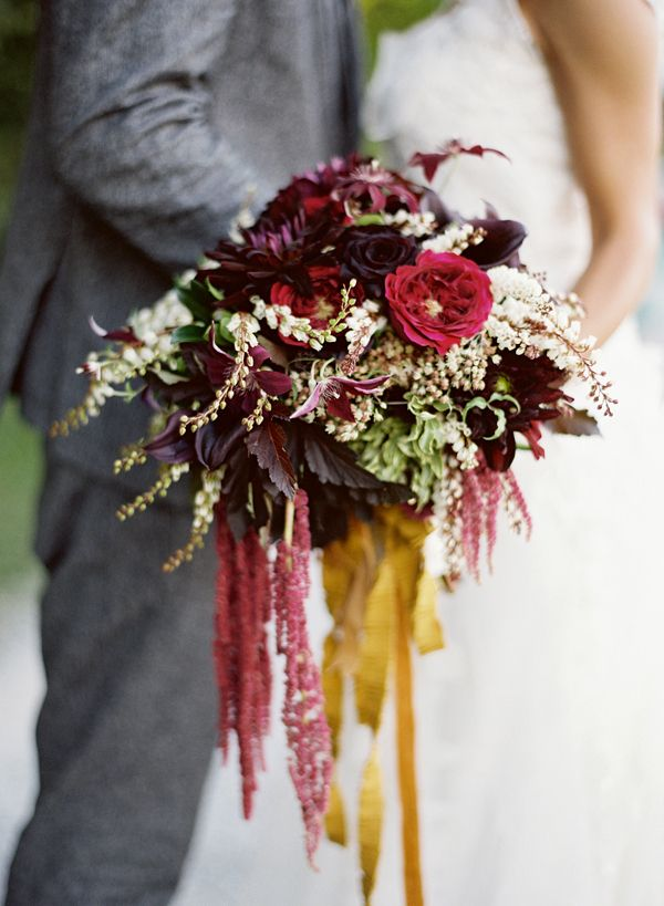 Moon Canyon Design  bouquet photographed by  Jose Villa  via  Style Me Pretty