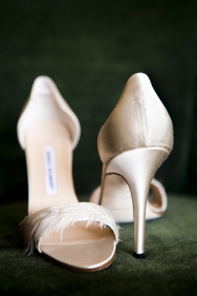 Manolo Blahnik  feather pumps by  Jake McBride for Christian Oth Studio  via  Style Me Pretty