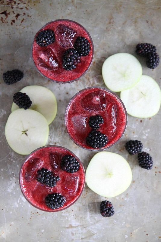 Sparkling blackberry apple cider
