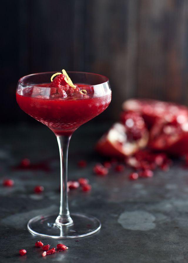 Frozen Raspberry Pomegranate Cocktail