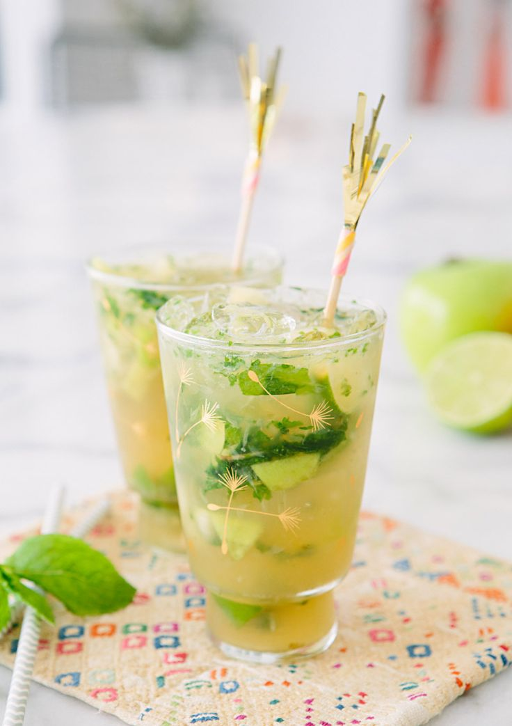 Green Apple Mojitos