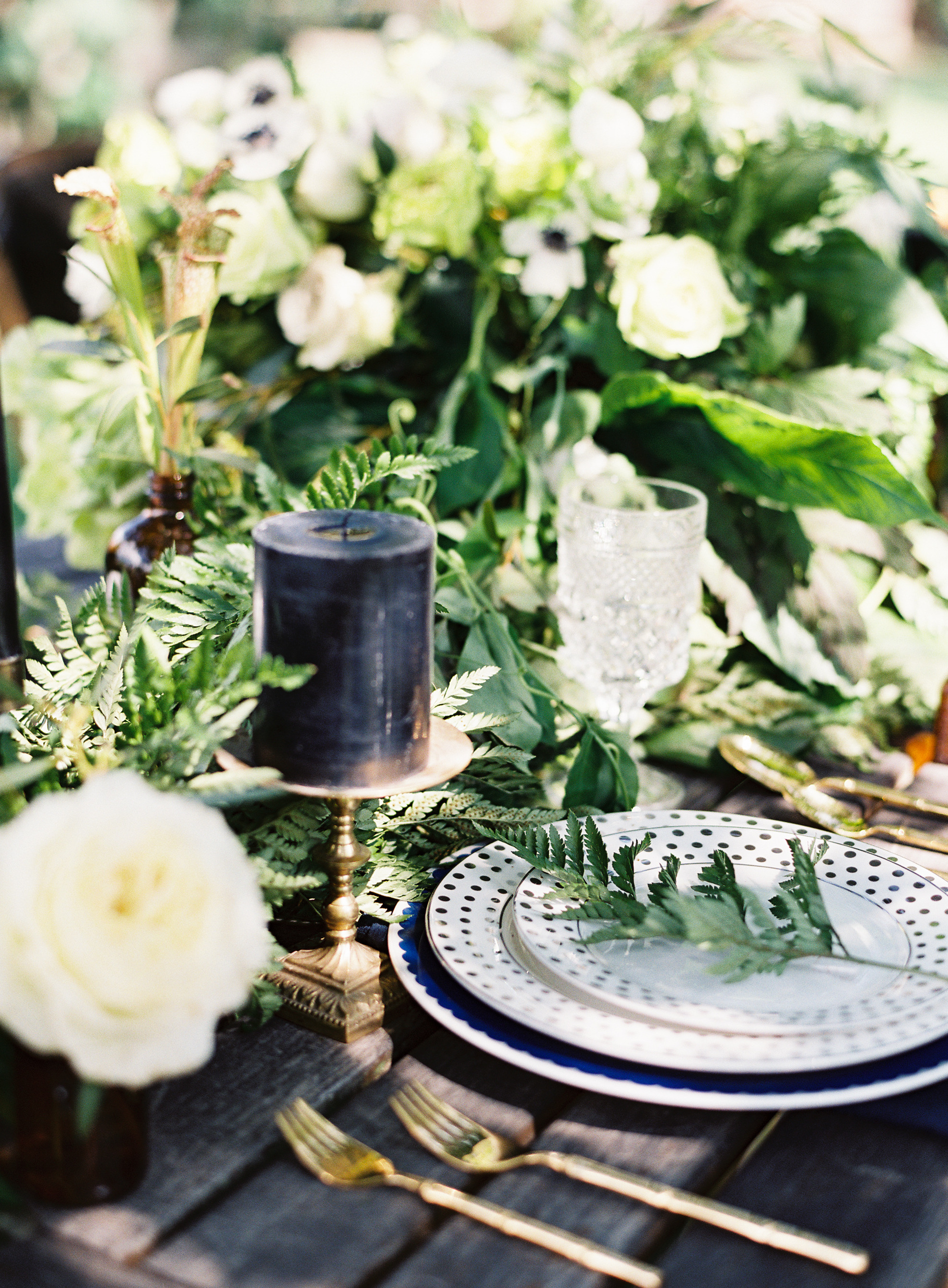 Dark Botanical Wedding Inspiration - Lindsey Brunk