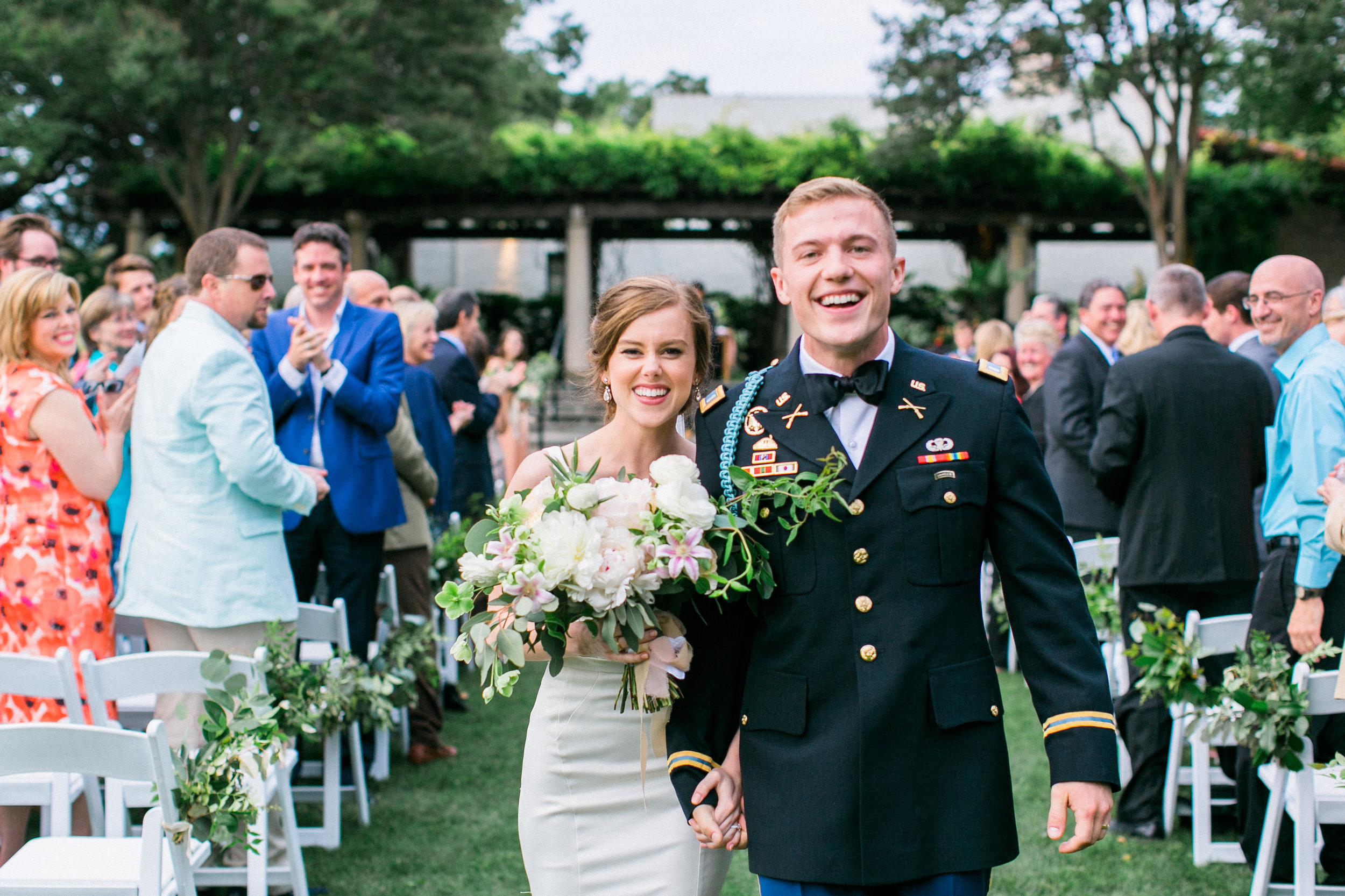 Romantic Dallas Arboretum Wedding - Lindsey Brunk