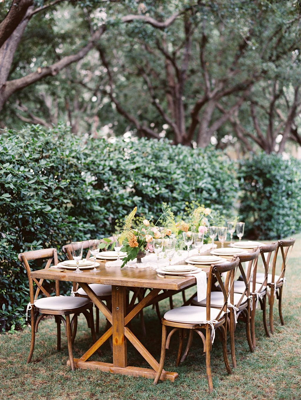 Elegant Autumn Wedding Inspiration - Lindsey Brunk