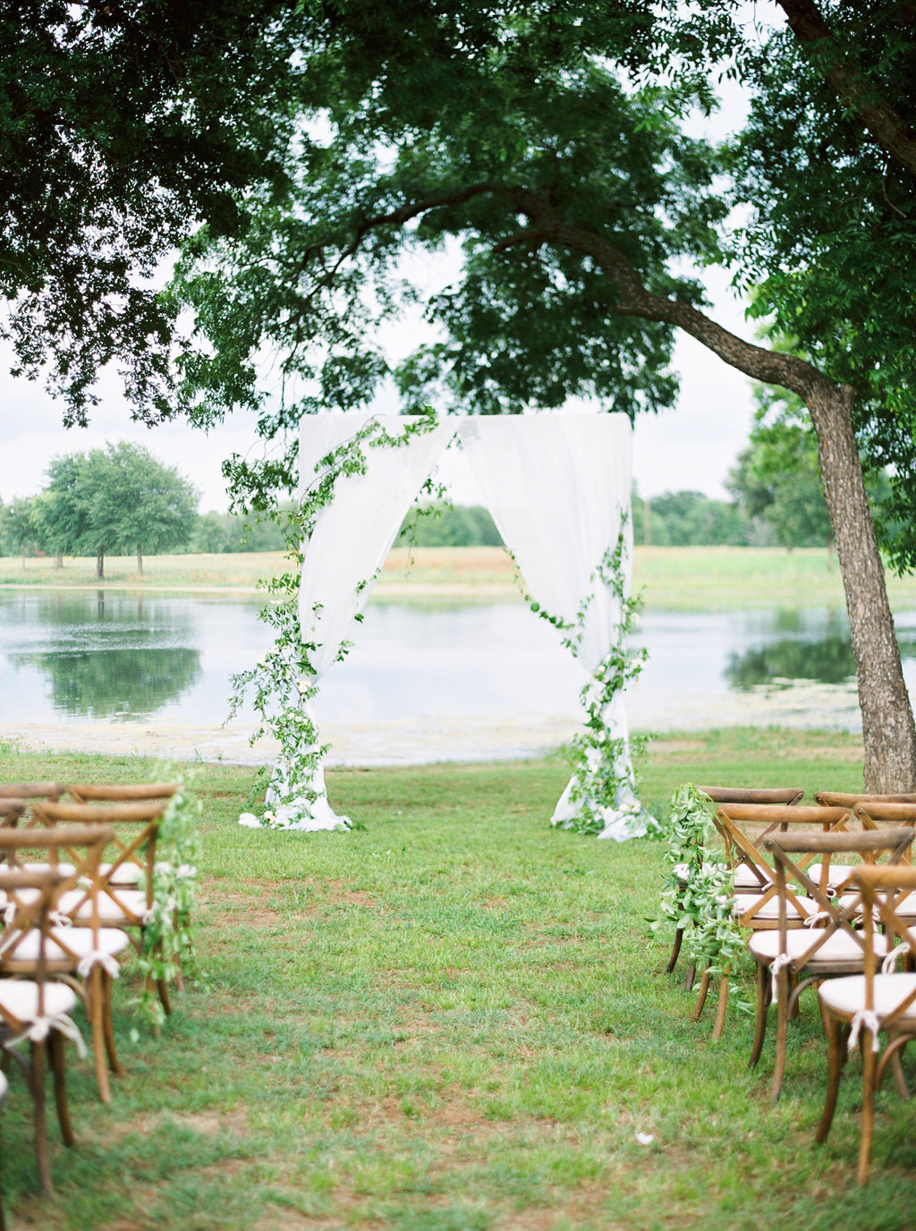 Megan & Colton: Elegant Summer Ranch Wedding - Lindsey Brunk