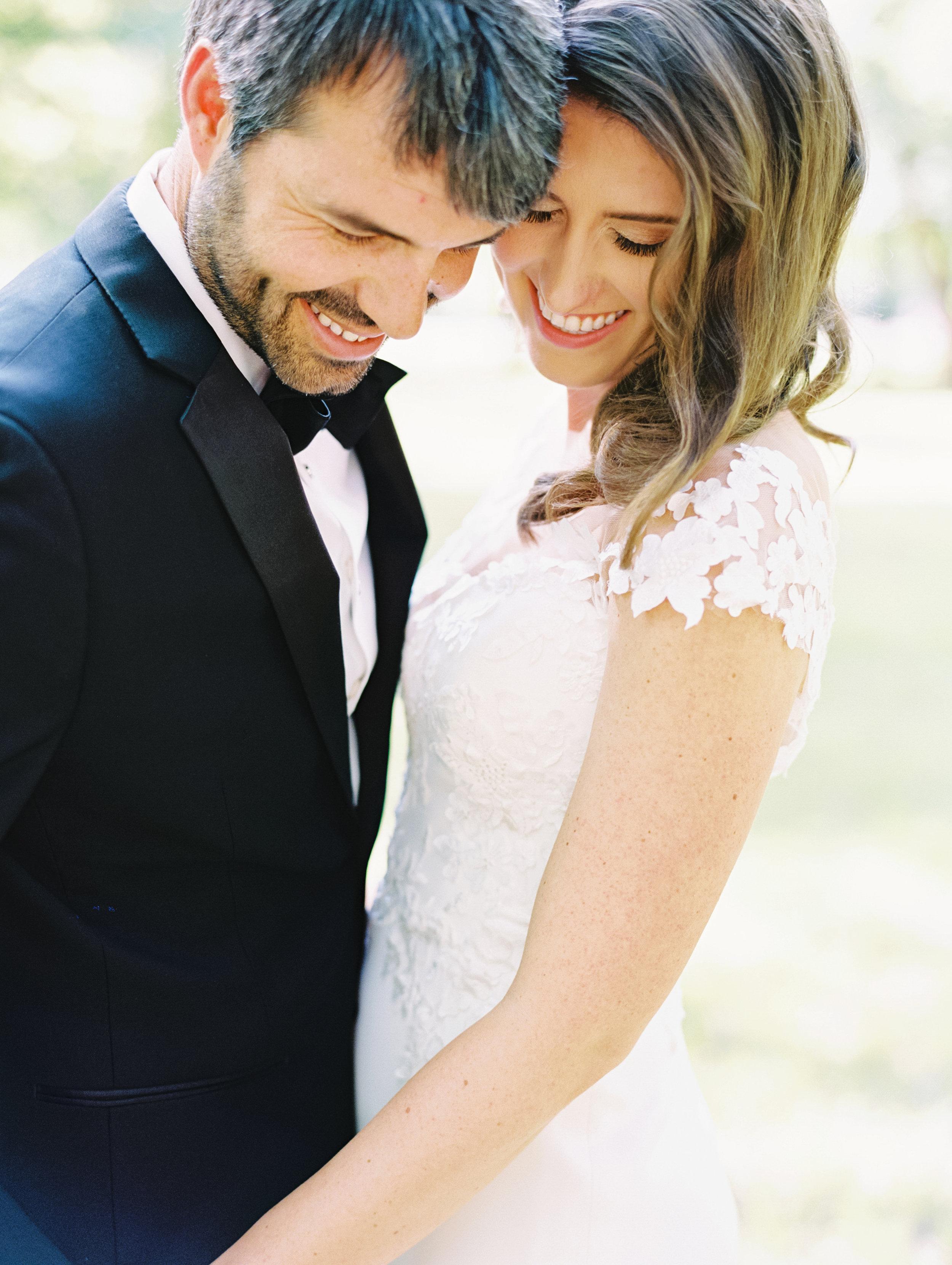 Fort Worth Zoo Wedding - Lindsey Brunk