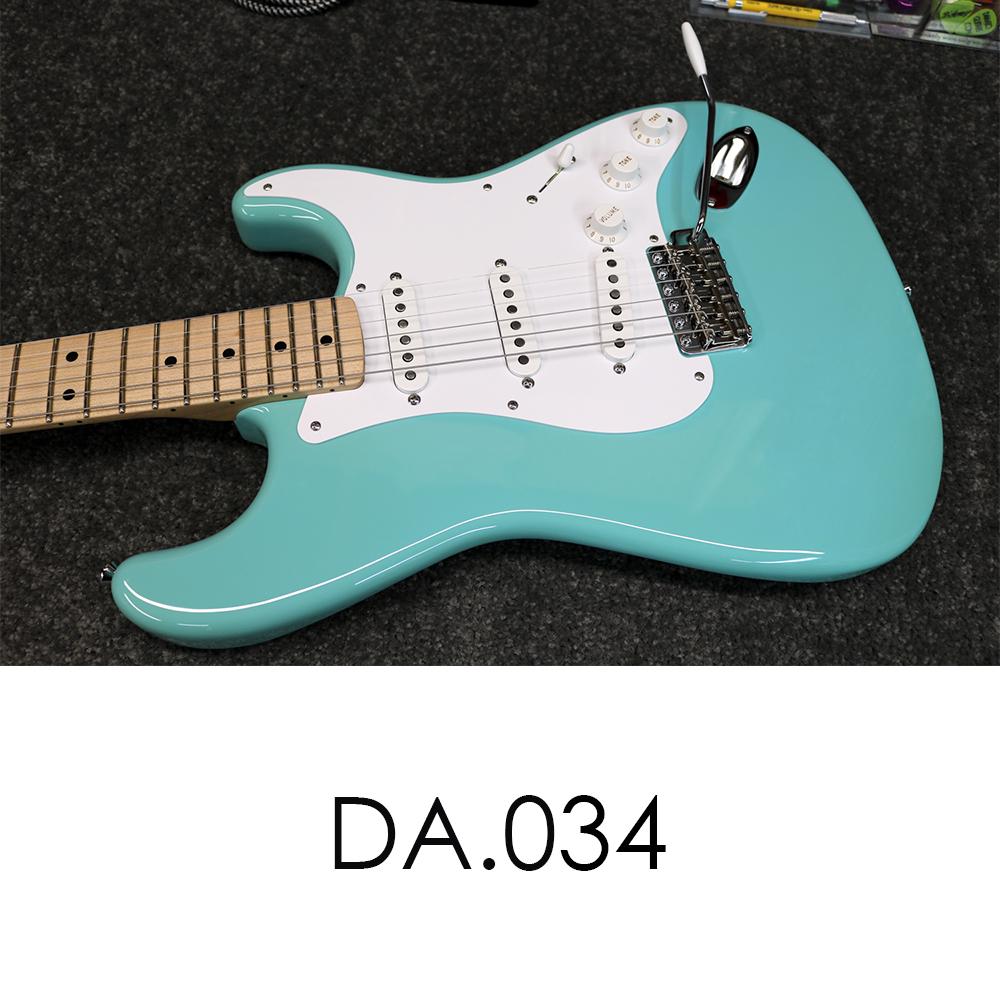 DA034t.jpg