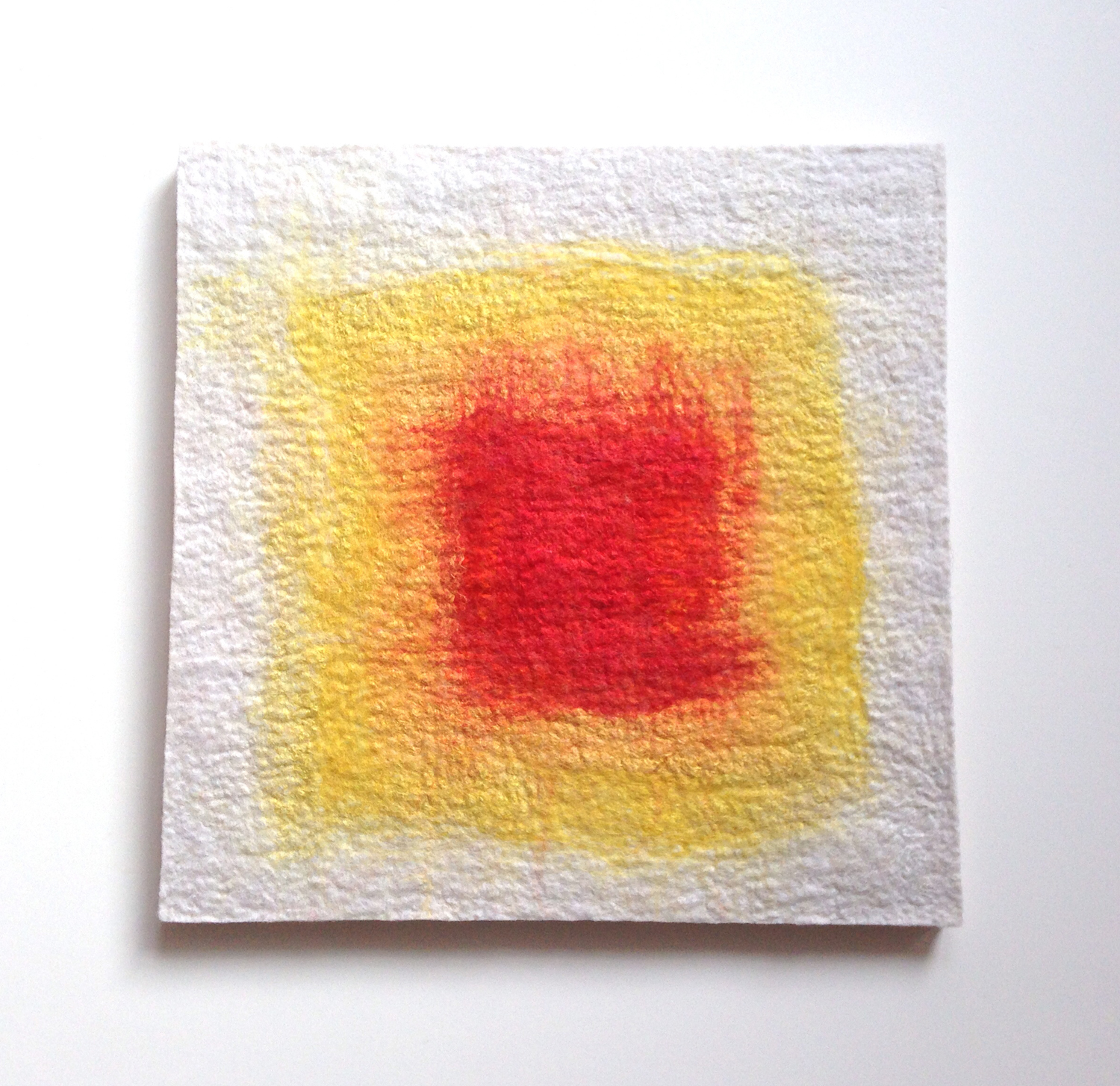 """""""Ojo: White, Yellow, Red""""  (pic 1 of 2)"""