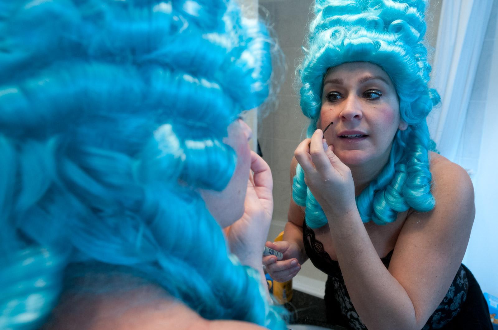 2011_0226_Camille_MarieAntoinette_Preparing_013.jpg