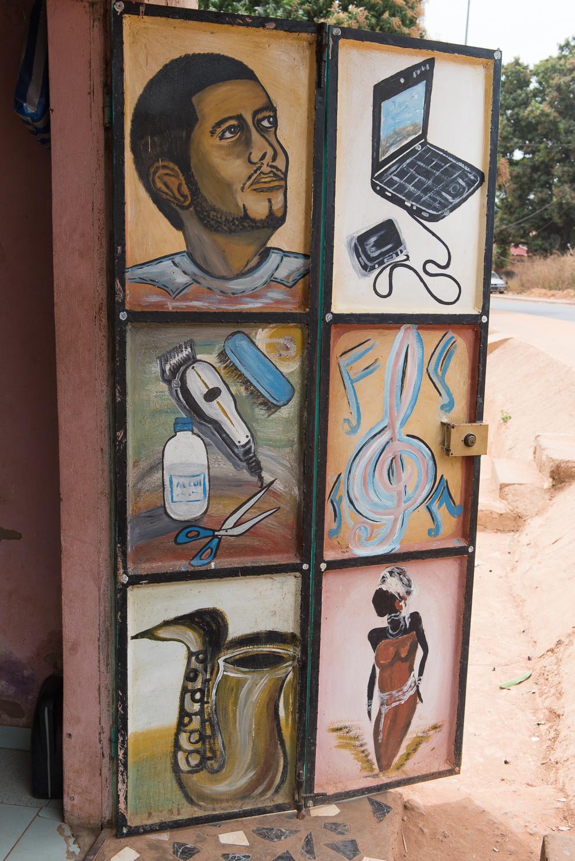 2018_0206_Bissau_Barbershops_0032.jpg